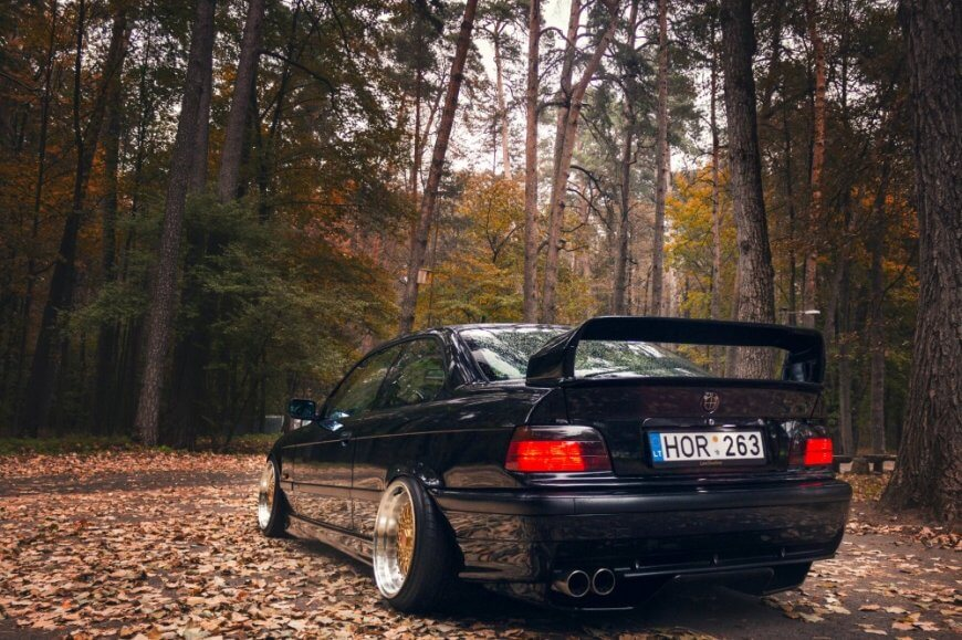 An E36 in its full glory